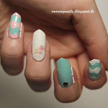 Chevrons and Roses nail art by Robin