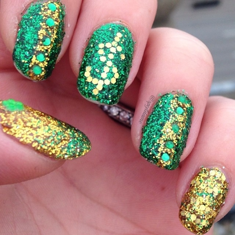 The Wolf of Wall Street nail art by Sparkly Nails by Spejldame