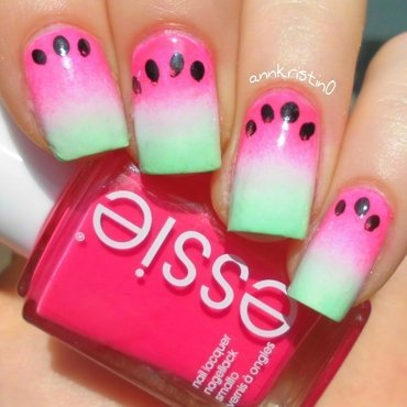Watermelon Ombre Nails nail art by Ann-Kristin