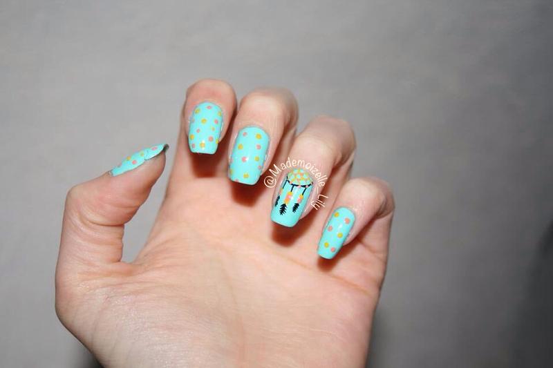 Dreamcatcher mani (dot version) nail art by Emilie