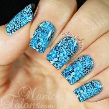 Double Stamping with Mundo de Unas and Pueen nail art by ManicTalons
