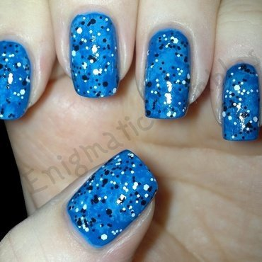 Blue Marble Confetti nail art by Enigmatic Rambles