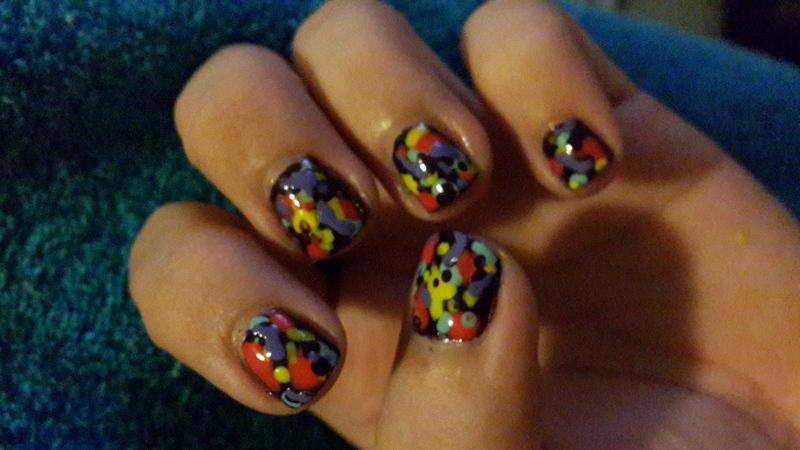 Fake Splatter2 nail art by Renataremedios