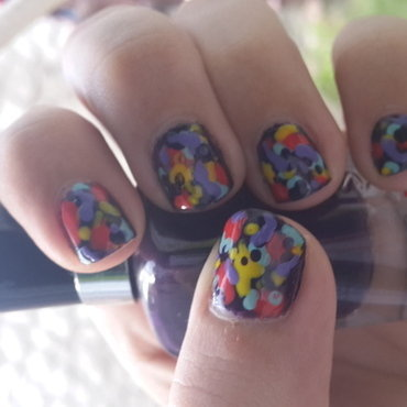 Fake Splatter2 in daylight nail art by Renataremedios