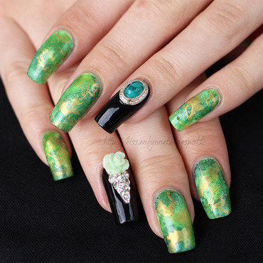 The Empress's Garden nail art by Yue