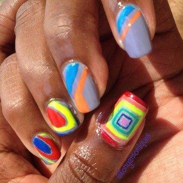Minimalist nail art by Tonya Simmons