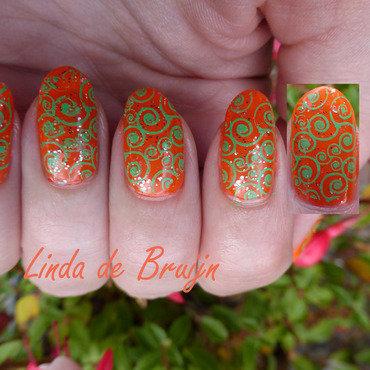 Orange with green nail art by Linda de Bruijn