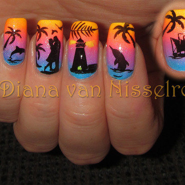 Romantic Beach Scenery  nail art by Diana van Nisselroy