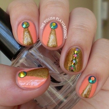 Peach 20and 20gold 20with 20round 20rhinestones 20nail 20art thumb370f