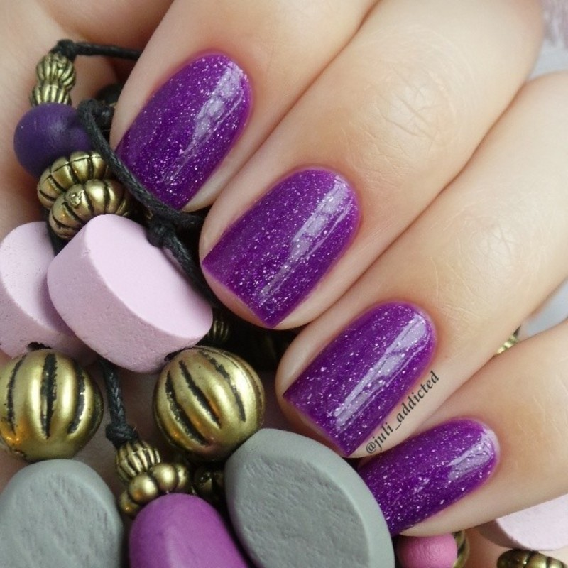 piCture pOlish Shy violet Swatch by Juli