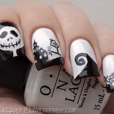 Nightmare before Christmas freehand and stamping nail art by Loqi