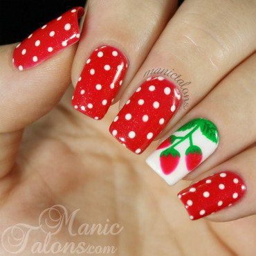 Gelaze strawberry fields with strawberry nail art 1 thumb370f