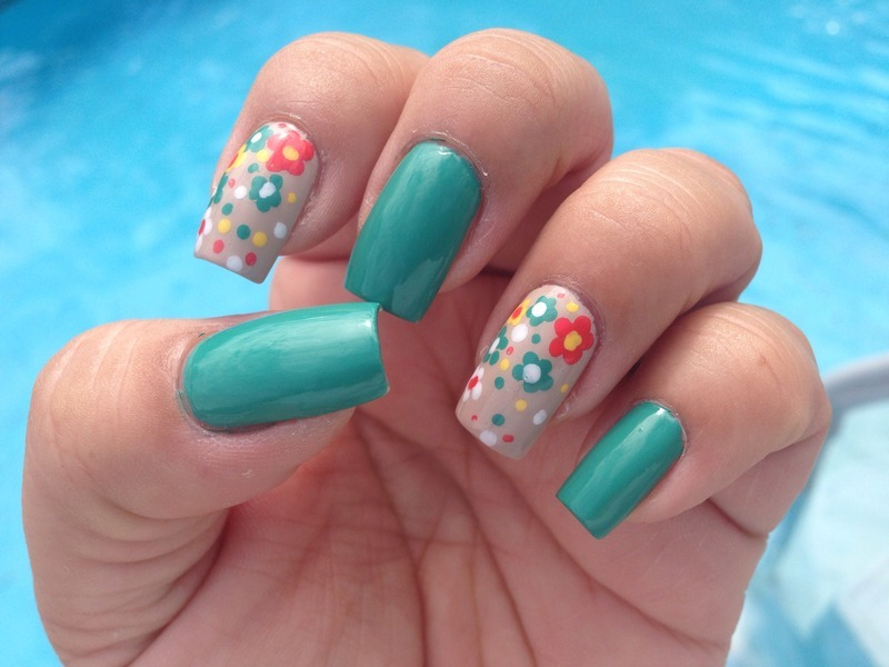 Flowers for a sunny day nail art by Jenny Hernandez