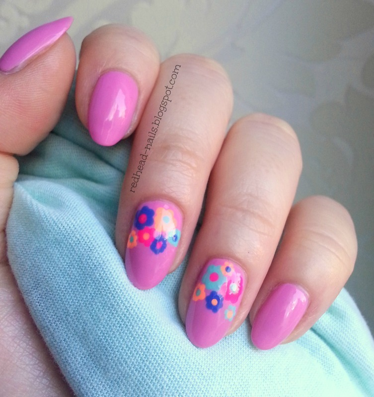 Sweet flowers nail art by Redhead Nails
