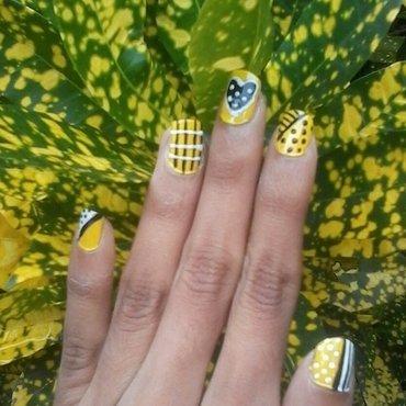 yellow creativety nail art by reena  dsa
