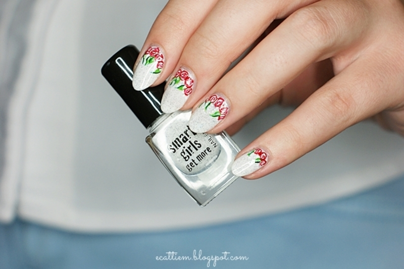 Straciatella roses nail art by ecattiem