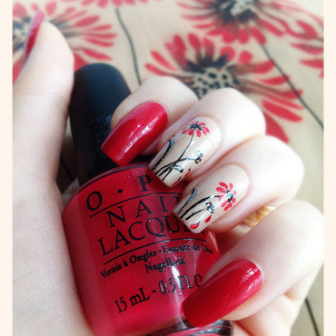 Elegant Floral design nail art by Bazavan Diana