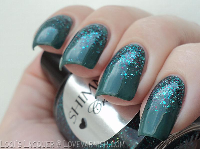 Green glitter gradient nail art by Loqi