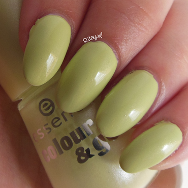 Essence hello spring instagram thumb370f
