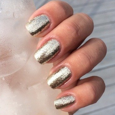 Liquid Sky Lacquer The silver lining Swatch by Sanna