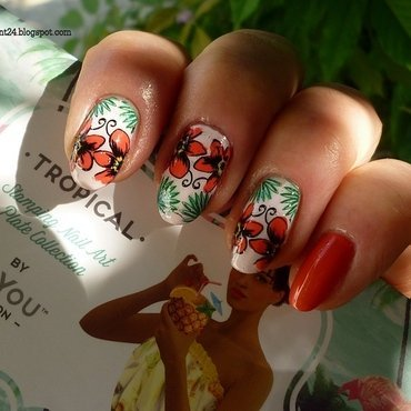 Tropical flower nail art by T. Andi