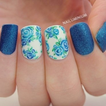 Bluefloralnails 20 9  thumb370f