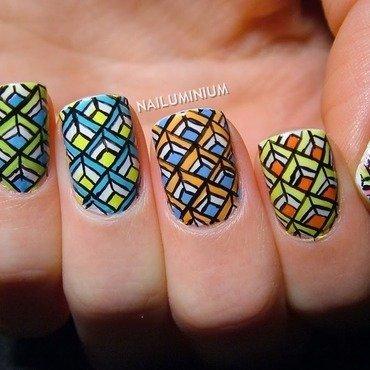 Geometric nails 20 3  thumb370f