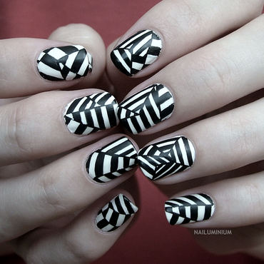 Op Art nail art by Margee C.