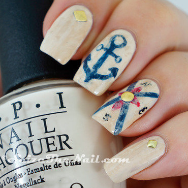 Nautical vintage nail art by Bella Seizethenail