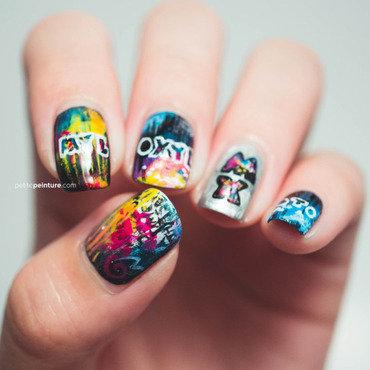 Mylo Xyloto nail art by Petite Peinture