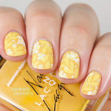 The Yellow Wallpaper nail art by Lindsey W