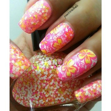 Tropical Flowers nail art by pcontreras8nails