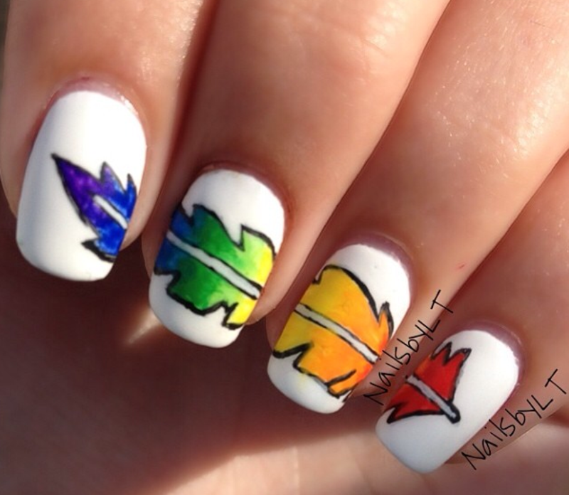 Feather nail art nail art by Lichelle (NailsbyLichelle)