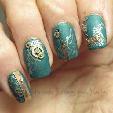 Green steampunk  nail art by Michelle