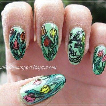 Tulipan nail art by Margaret Nail Art