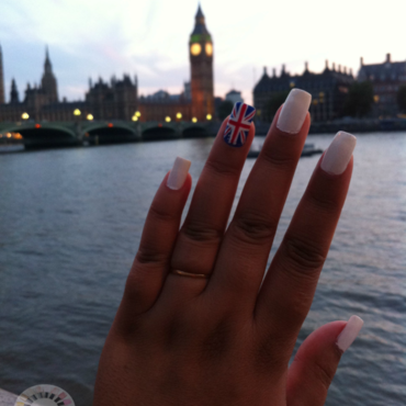 In the heart of London nail art by Sandy
