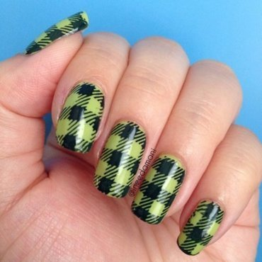 Back To School Plaid nail art by Carmen Ineedamani