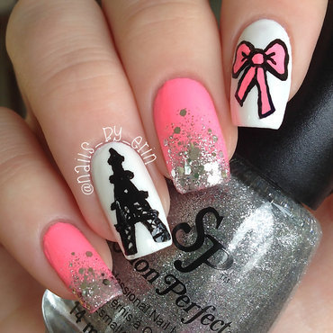 Girly 20eiffel 20tower 20nails thumb370f