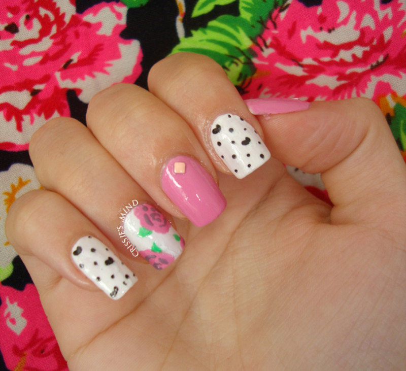 MIX AND MATCH: ROSES AND DOTS nail art by Christina