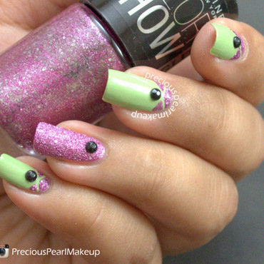 Pink Accent nail art by Pearl P.