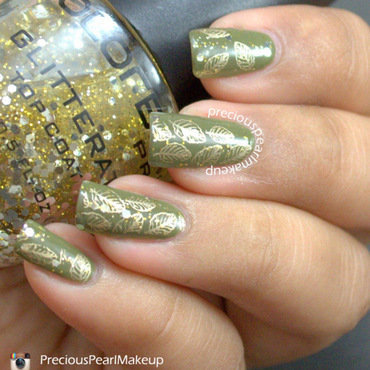Golden Leaves nail art by Pearl P.
