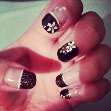 Glamtastik nail art by Tenticurl Creations