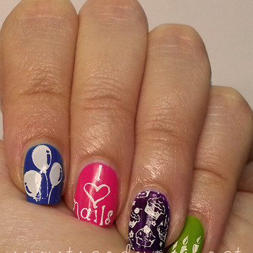 1.000.000 FB Fans!!!! nail art by The Call of Beauty