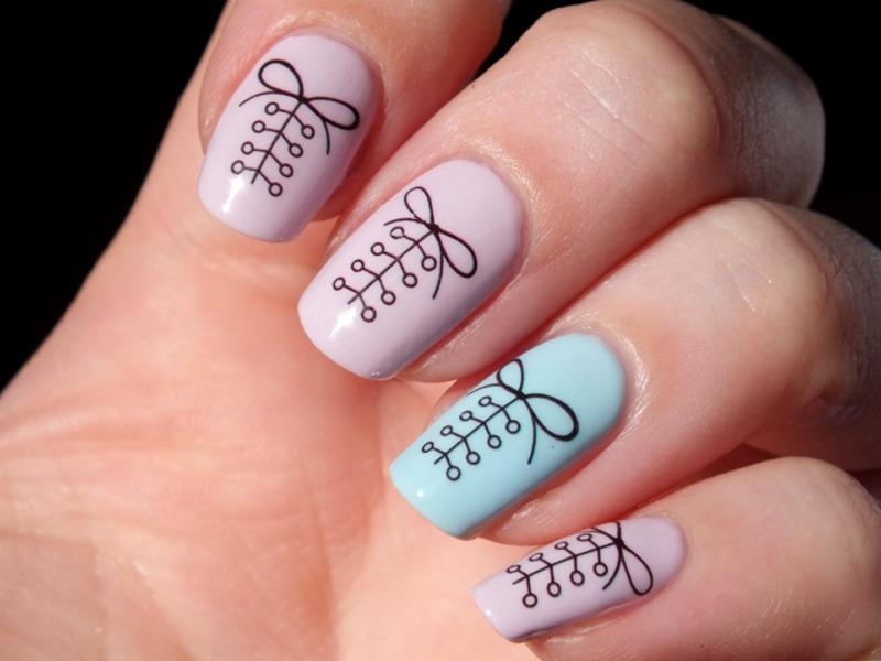 Sweet corset nail art by Tribulons