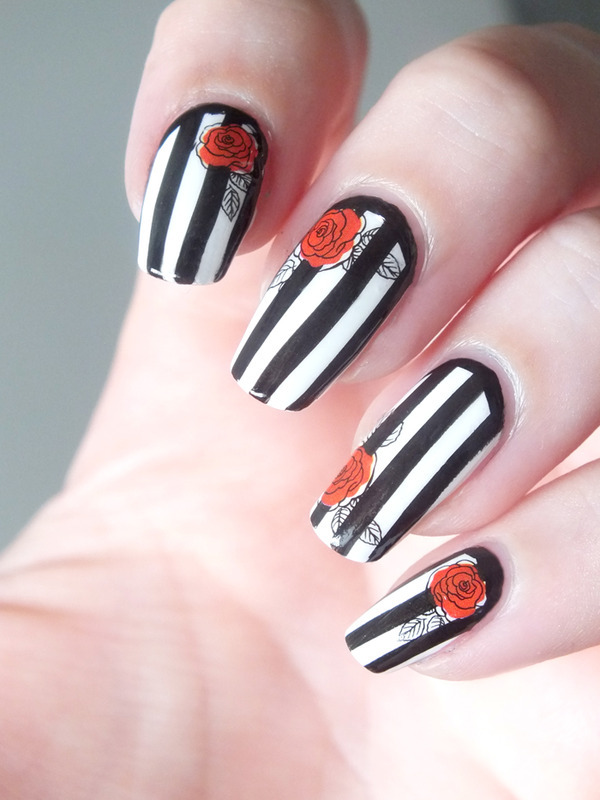 Roses are red nail art by Tribulons