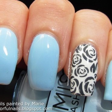 Light 20blue 20with 20grey 20roses 20mani thumb370f