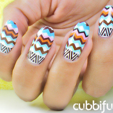 Chevron nails zigzag nails thumb370f
