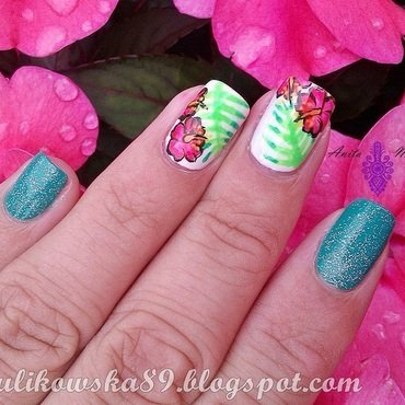 Tropical flowers nail art by Anita