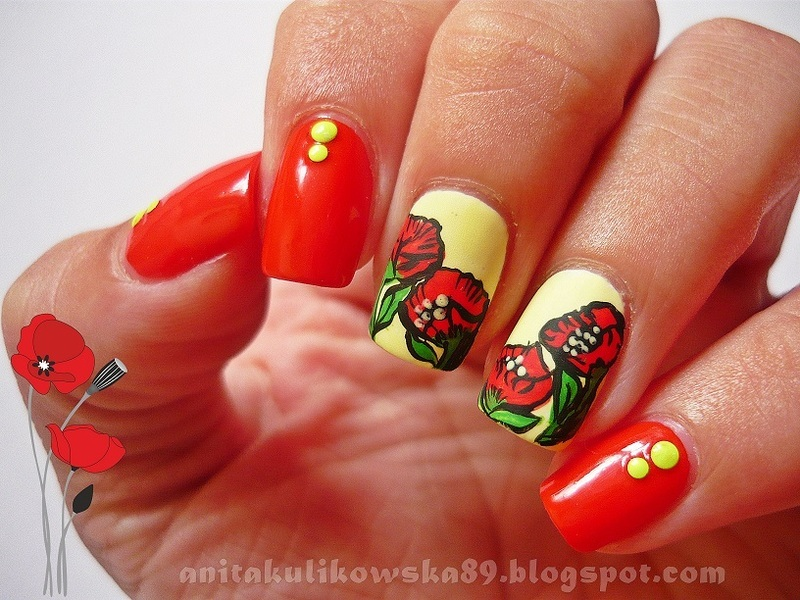 Poppies in a field nail art by Anita