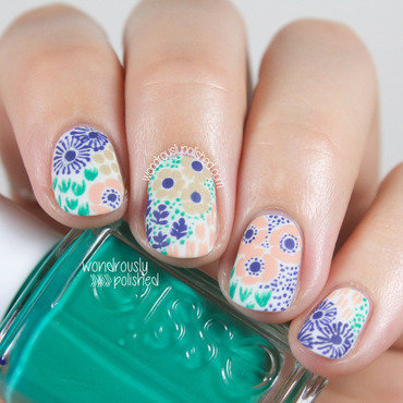 Wondrously polished funky floral vintage wallpaper nail art lucys stash guest post 203 thumb370f